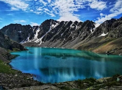 Ала-Куль, или Озеро, меняющее цвет